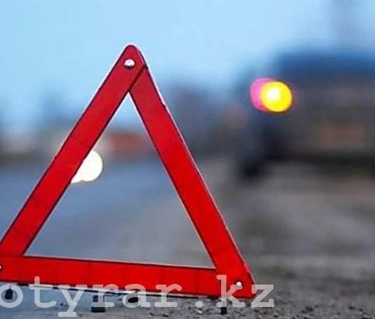 В ЮКО в результате ДТП на месте происшествия скончались водитель и трое пассажиров