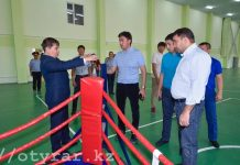 Габидулла Абдрахимов в школе бокса