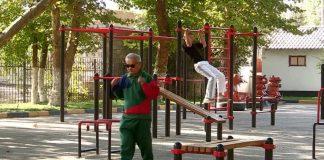 Уличные спортивные тренажеры Шымкента нуждаются в срочном ремонте