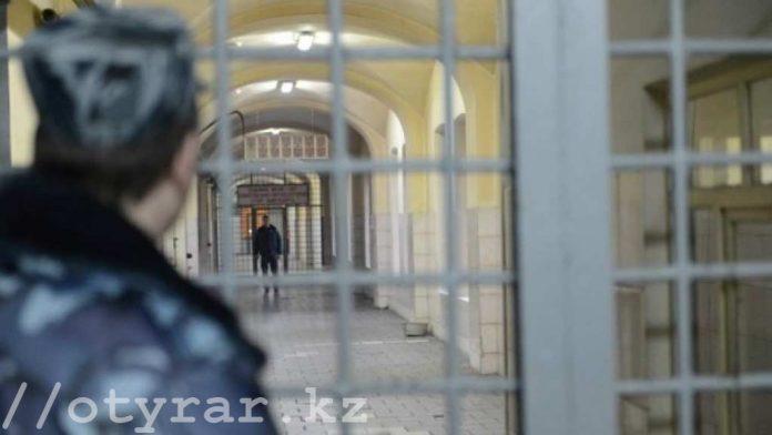 В колониях Казахстана находятся порядка 400 человек, осужденных за экстремизм и терроризм.