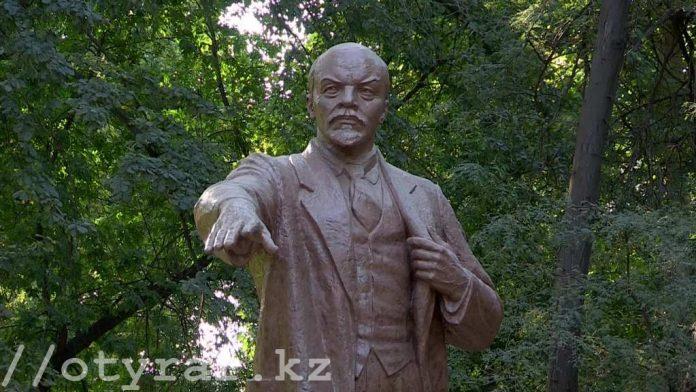 Ленин останется на своем месте