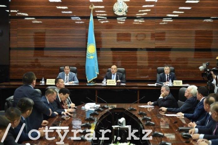 Сессия Южно-Казахстанского областного маслихата шестого созыва