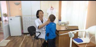 Ребенок, которого до полусметри избила мать, вновь оказался на больничной койке