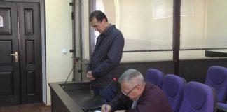 Бывший аким поселка Атакент выплатит 27 миллионов тенге
