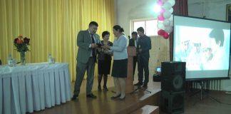 Вручение сертификатов швеям