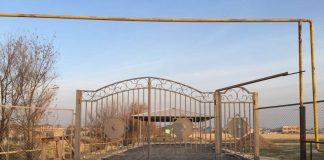 Кладбища Шымкента обнесли заборами