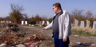 Действующее кладбище в Шымкенте напротив дендропарка зарастает мусором