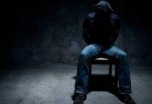 Жители ЮКО взяли в заложники иностранца