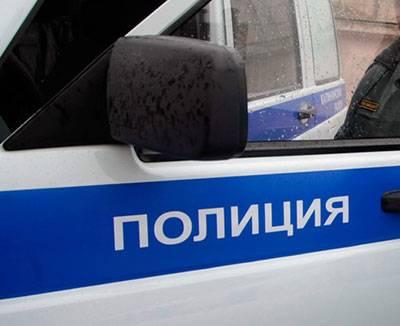 С полицией устанавливали беседку у шымкентской многоэтажки