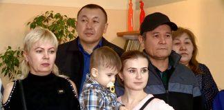 """АО """"Казахтелеком"""" дарит подарки к Новому году"""