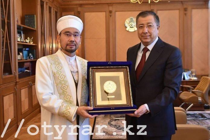 Аким ЮКО встретился с Верховным муфтием
