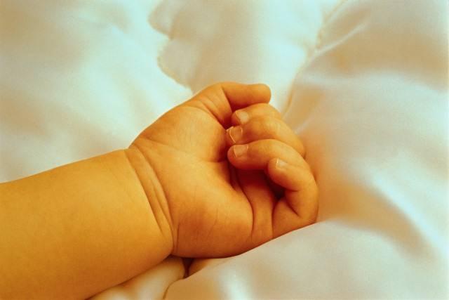 У 35-летней жительницы Шымкента родился первенец-богатырь весом в 6 кг