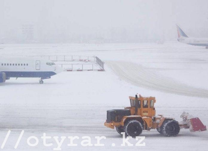 Аэропорт Астаны закрыт