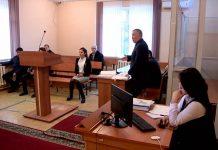Двое полицейских обвиняют бизнесмена из Шымкента в том, что он избил их и насильно напоил водкой