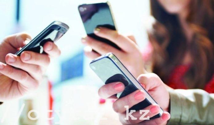 Операторов сотовой связи в Казахстане лишат возможности навязывать платные услуги