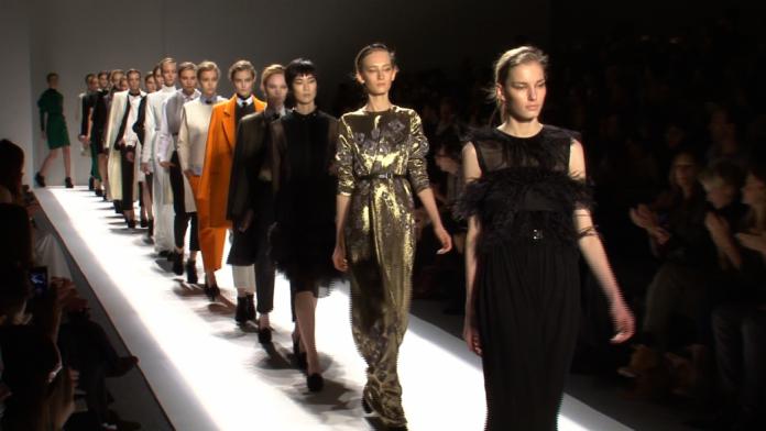 Дизайнер из ЮКО представит свою коллекцию в Милане