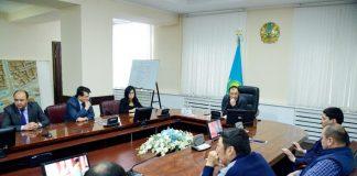 Встреча акима Шымкента с руководителями телеканалов и творческих студий