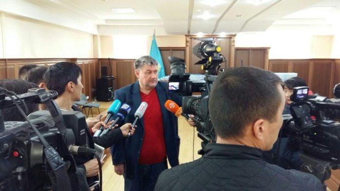 Яворский отвечает на вопросы журналистов