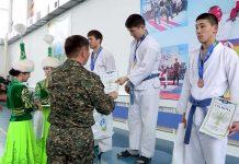Награждение победителей соревнований по рукопашному бою
