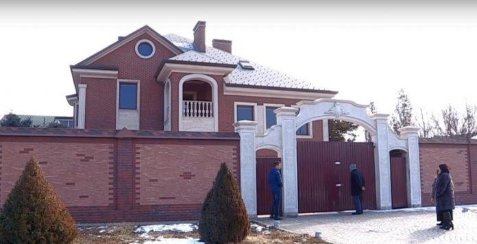 Второй дом Тохатара Тулешова