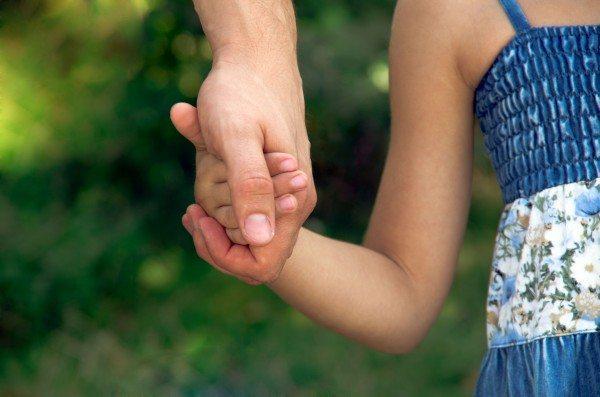 Отец девочки из ЮКО: Аружан Саин написала неправду