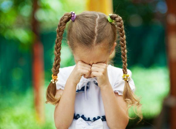Мама заявила, что ее 9-летнюю дочь с ДЦП исключили из детсада в Шымкенте