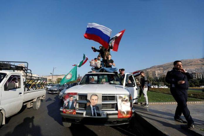 Жители Дамаска протестуют против бомбардировок