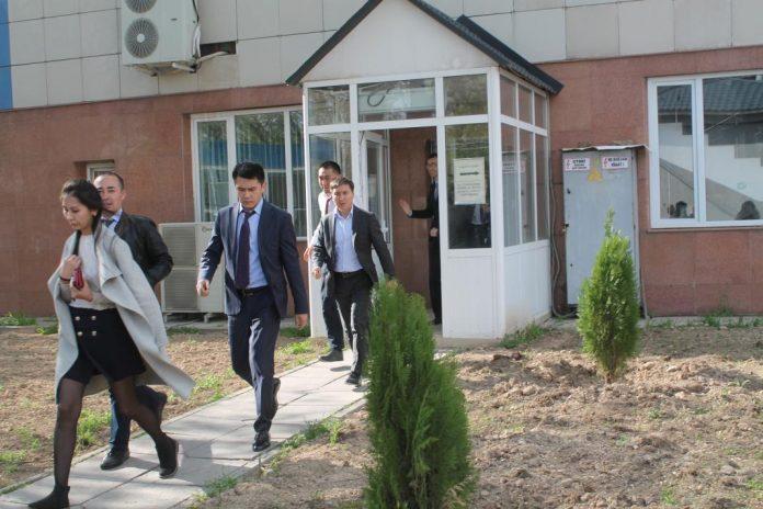 """В здании ЮКПФ АО """"КазТрнансГаз Аймак"""" эвакуировали людей"""