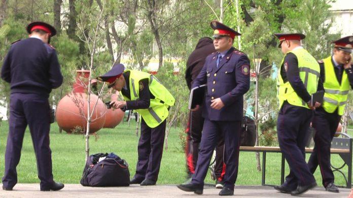 В Шымкенте проведена операция по обезвреживанию подозрительной сумки