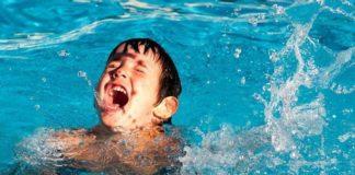 дети на воде