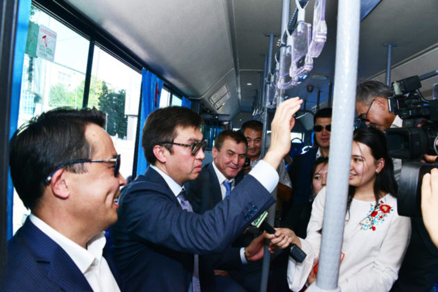 Габидулла Абдрахимов в автобусе