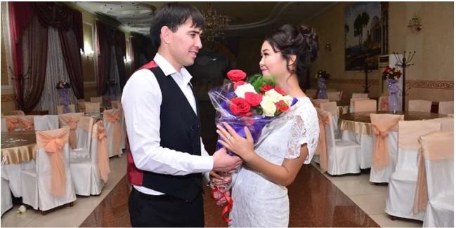 Казахстанский певец Асан Пердешов