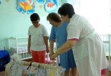 Усыновленный француженкой ребенок спустя 10 лет приехал на Родину в Шымкент