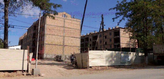 Квартирный вопрос в Састобе для жителей аварийных домов остается открытым
