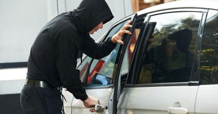 кража с автомобиля