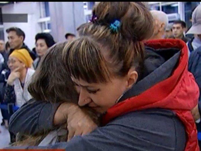 казахстанскую девочку вернули матери из Молдовы