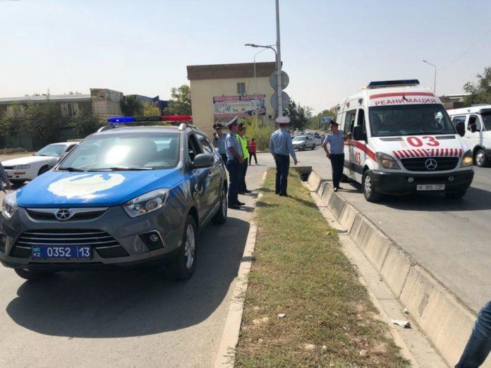 В Шымкенте водитель грузовой ГАЗели сбил студентку и скрылся