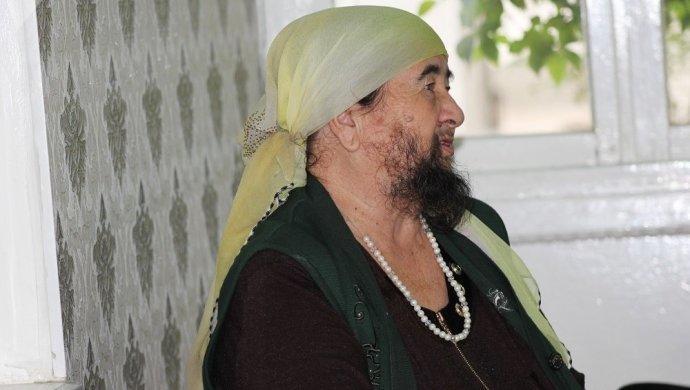 Бородатая женщина ИГИЛ