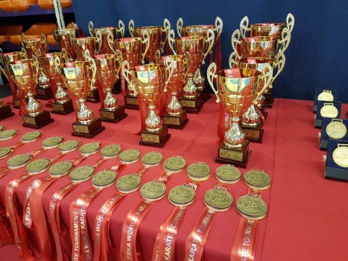 Казахстанские каратисты завоевали 12 золотых медалей на Чемпионате мира