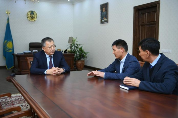 Жансеит Туймебаев и Мырзагали Айтжанов