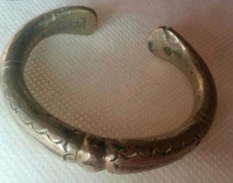 Старинный браслет