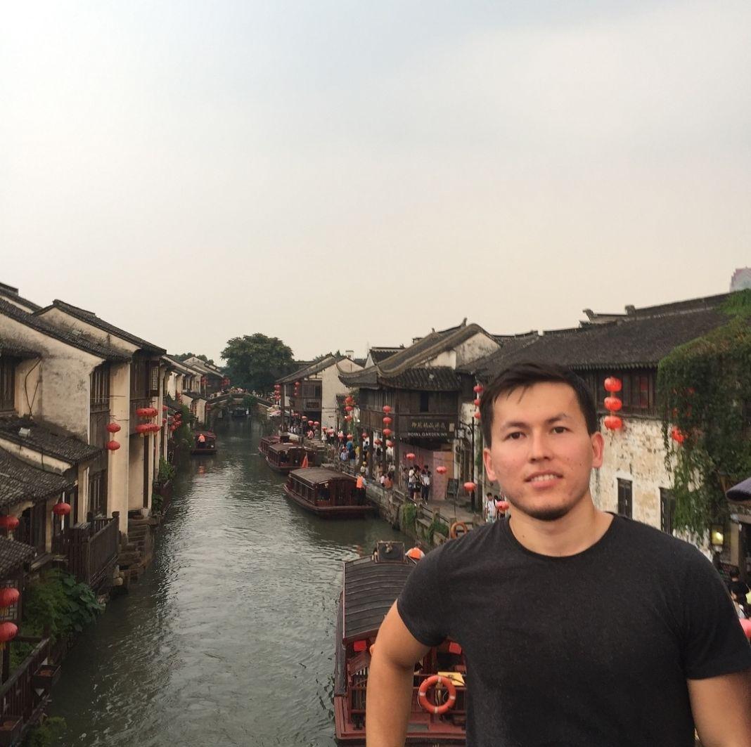 Уроженец Шымкента Мурат Сарыбаев учиться в Китае