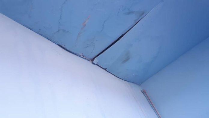 Потолок в кабинете врача