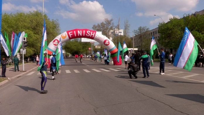 Масштабный велопробег Шымкент-Ташкент соединил две страны и двести человек