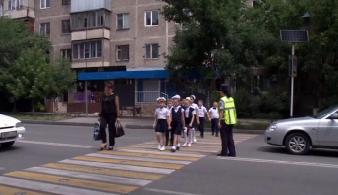 безопасность на дороге, школьники