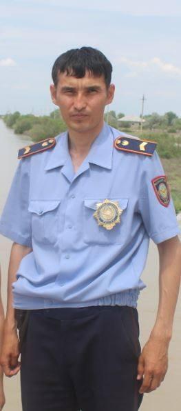 старший сержант полиции Отырарского РОП Ракымжан Ниязбекулы