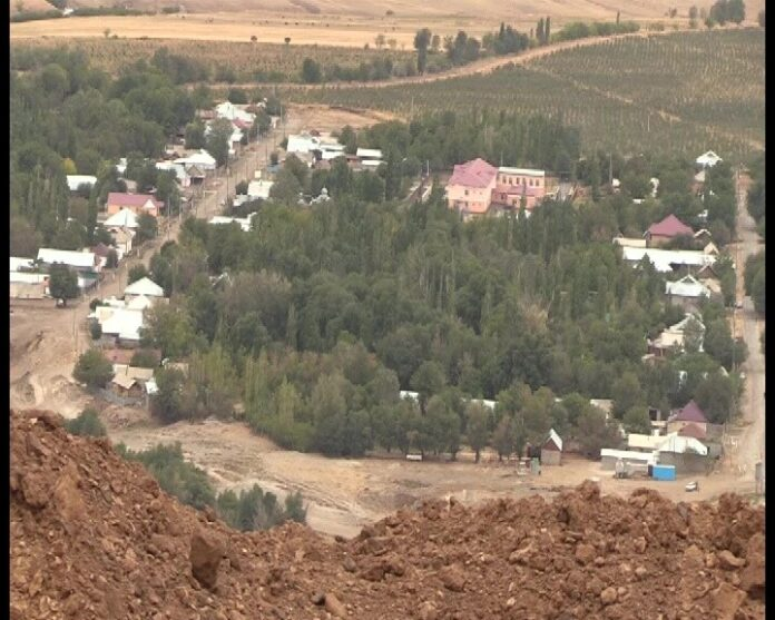 взрыв на холме в селе Сарытур