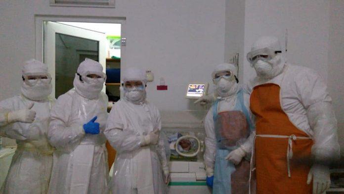 коронавирус, новорожденный