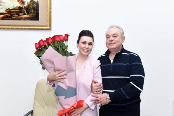 профессор техники пения Анатолий Гусев