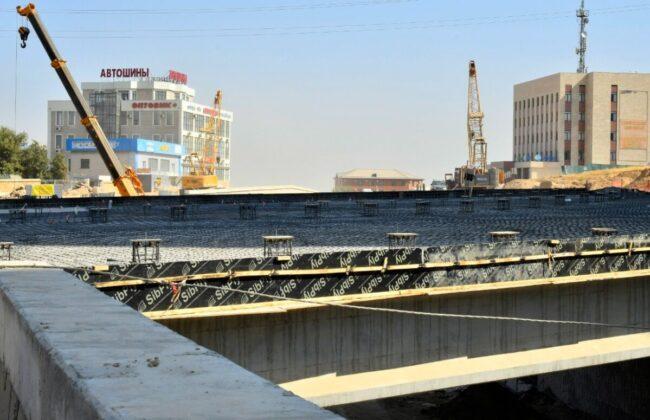 Строительство перекрестка на пересечении улиц Рыскулова и проспекта Кунаева